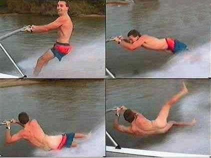 Funny Picture - Nude Water Skiing