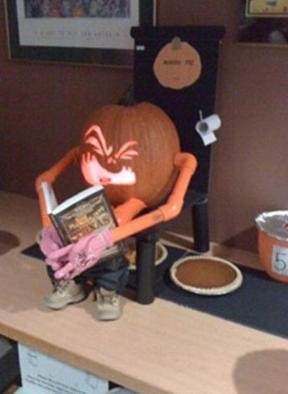 Funny Picture - Where Pumpkin Pie Comes From